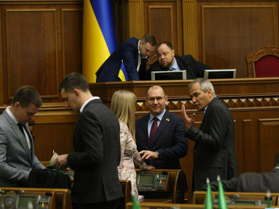 Но улучшения взаимоотношений между Украиной и Россией ждать не стоит