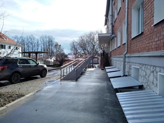 Регистратура на 5 - что изменилось в Псковской районной поликлинике