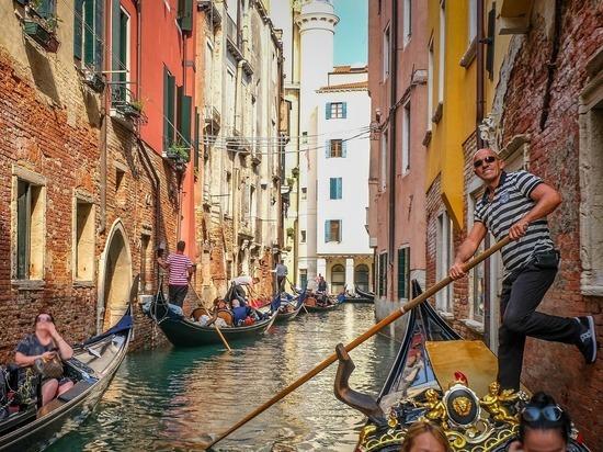 Ростуризм рекомендовал приостановить продажи туров в Италию
