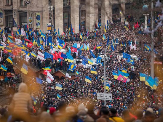 """Экс-депутат Рады, """"герой Майдана"""" казак Гаврилюк стал таксистом"""
