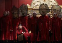 Театральная премьера в Штутгарте: Борис Годунов во «Времени секонд хэнд»