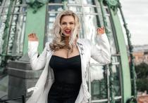 Анна Семенович призналась, что она все еще девушка