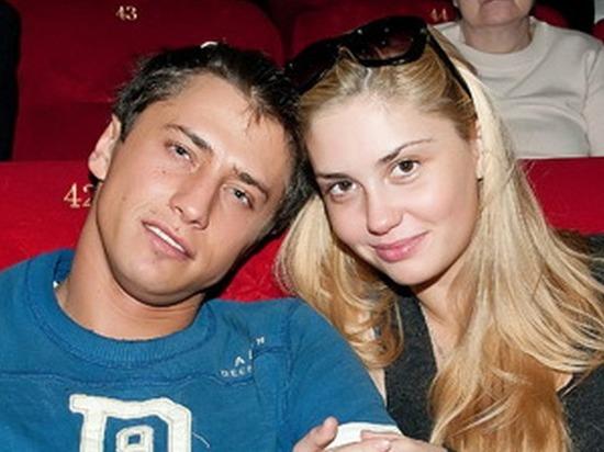 Агата Муцениеце растрогала пользователей стихами о разводе с Прилучным