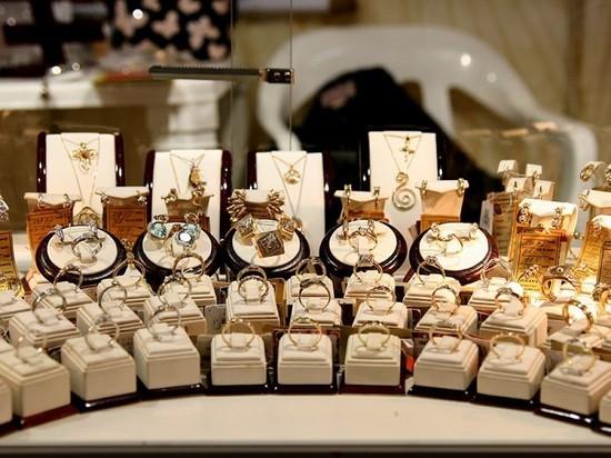 В Махачкале на 8 Марта чаще дарят золотые изделия