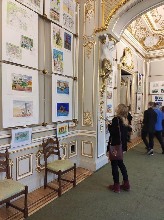 Зал для вернисажа предоставил петербургский Дом архитектора