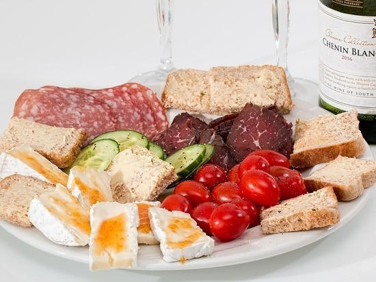 4 продукта, холестерина в которых больше, чем в сале