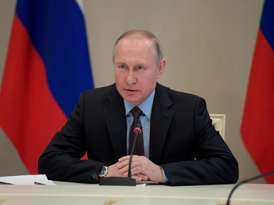 Президент подпишет их в годовщину присоединения полуострова
