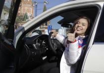 «Моя проблема серьезнее, чем у Плющенко»: Сотникова завершила карьеру