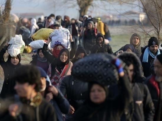 Венгрия опасается наплыва 100 тысяч сирийских беженцев в ближайшее время