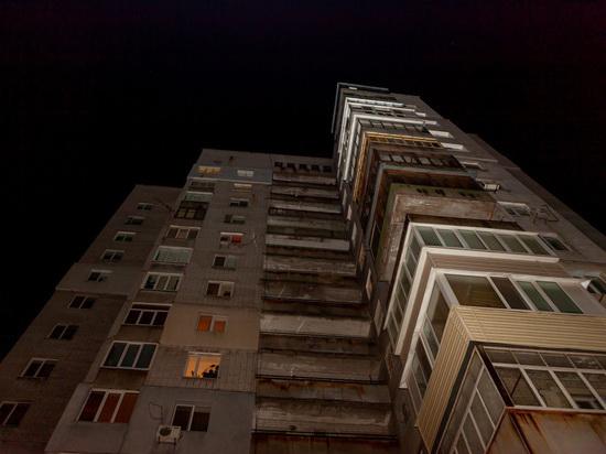 Уроженка Тверской области погибла на бульваре в Питере, выпав из окна
