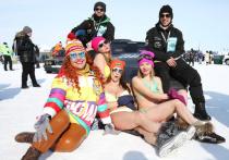 В конце зимы белое безмолвие заснеженного Байкала взорвал рев мощных моторов