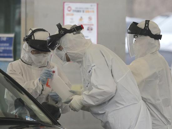 Число заразившихся коронавирусом в Японии достигло тысячи