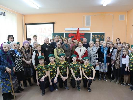 В городском округе Серпухов ветеранам Великой Отечественной войны вручают медали