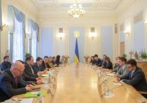 Эксперты: Украина получит временное правительство, ориентированное на переговоры с Россией