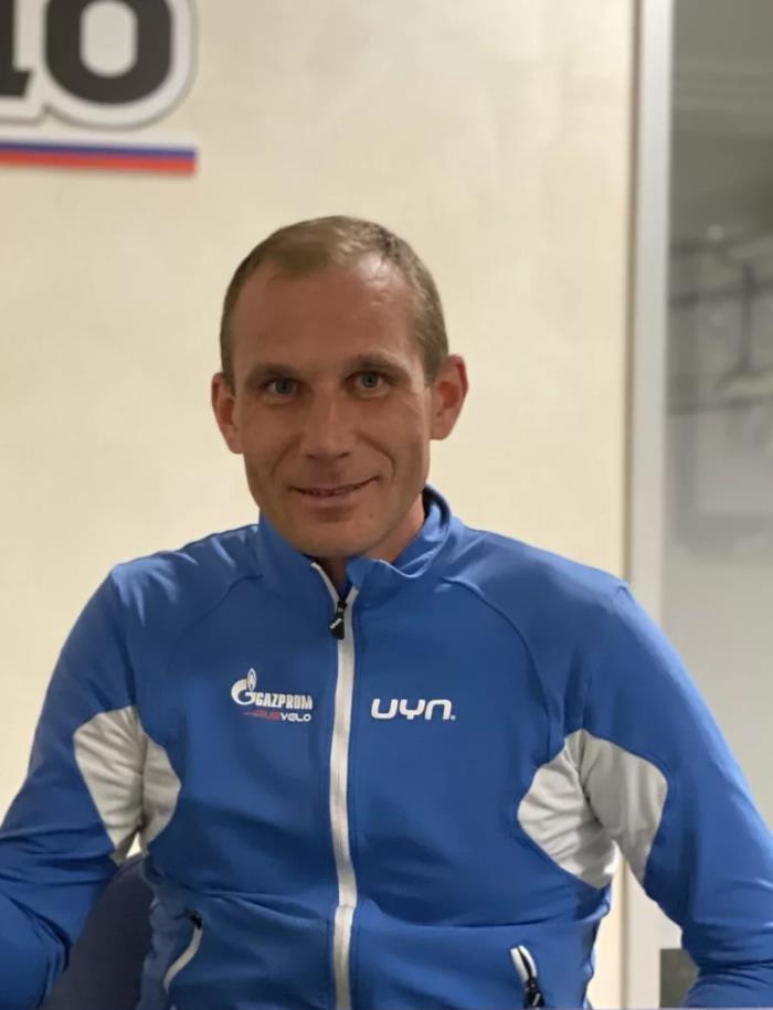 Российских велогонщиков «с коронавирусом» в ОАЭ возмутил карантин