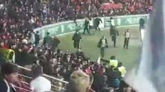 Массовая драка фанатов вспыхнула во время матча «Ахмат» — «Зенит»: видео