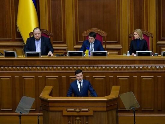 42-летнего президента Украины все чаще стали подводить нервы