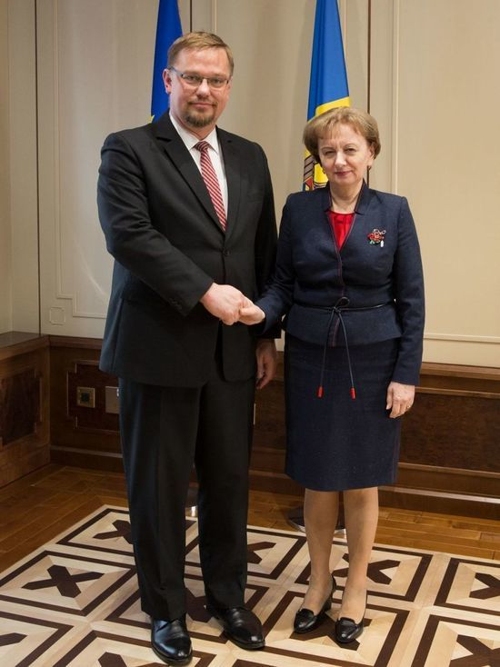 Зинаида Гречаный поздравила граждан Молдовы с наступлением Весны