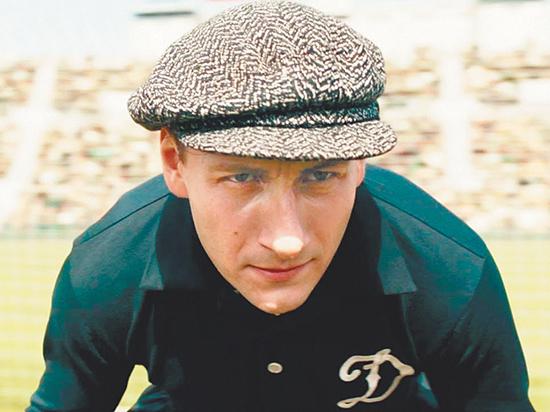 Дублер Яшина объяснил, почему легендарный вратарь носил кепку