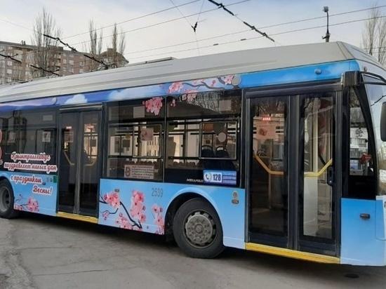 8 марта в городах Крыма будут курсировать праздничные троллейбусы