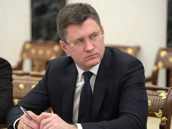 Новак рассказал Мишустину про ситуацию на рынке нефти
