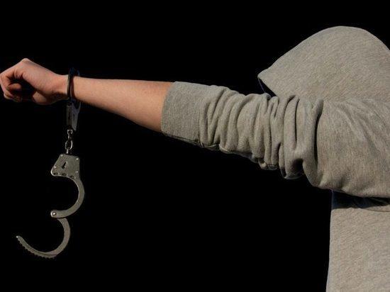 В Чебоксарах 16-летнего подростка осудят за ограбление знакомого школьника