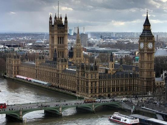 В Англии  замминистра здравоохранения заразилась коронавирусом
