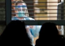 США терпят бедствие в борьбе с коронавирусом: ситуация критическая