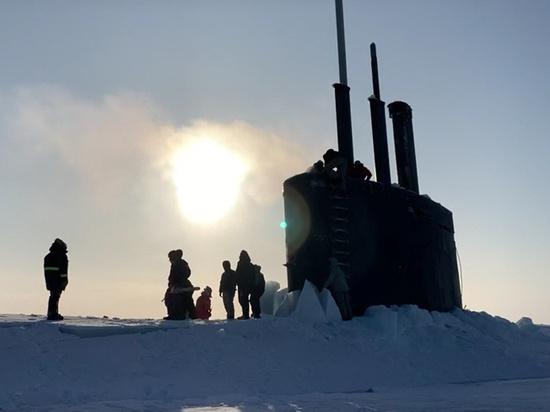 Адмирал оценил маневр американской подлодки, пробившей лед у российской базы