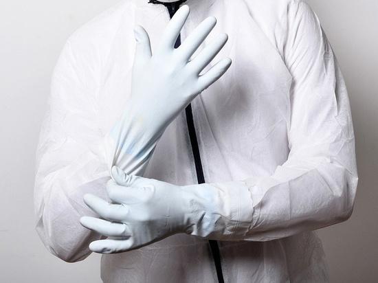 Гражданам рекомендовали ходить в перчатках