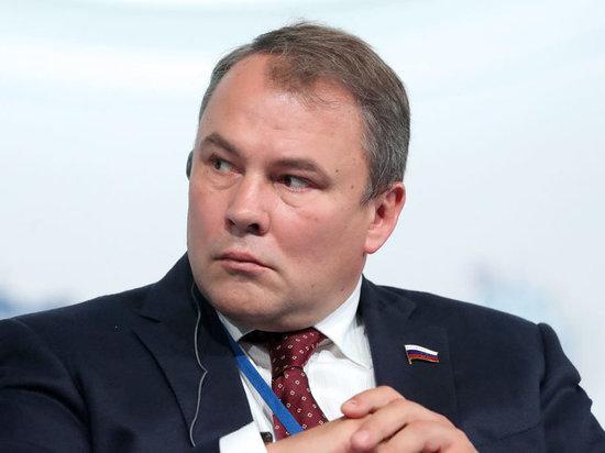 Вице-спикер Госдумы Петр Толстой сел в карантин из-за коронавируса