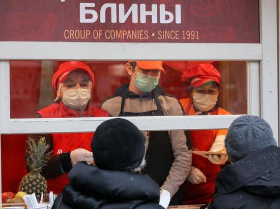 Коронавирус в Москве: стадионы беззрителей, свадьбы безгостей