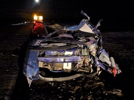 Водитель малолитражки пострадал при столкновении с грузовиком в Забайкалье