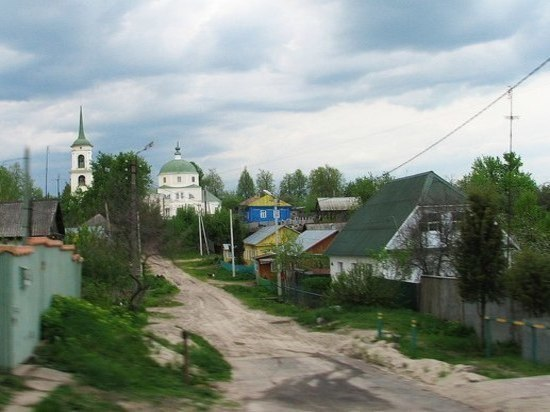 Переселенные из «прогнившего могильника» жители Козельска попали в странную историю