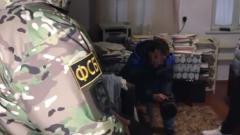 ФСБ показала задержание террористов в Крыму: видео операции