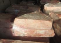 19 тонн свиного жира не пропустили через границу в Псковской области