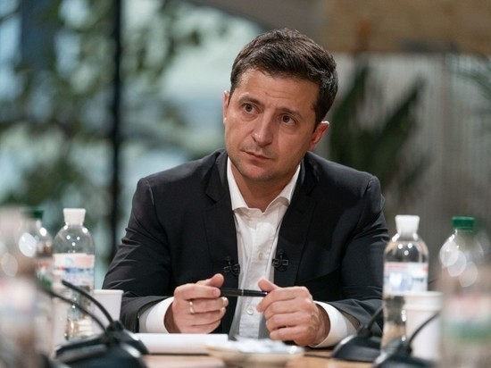 Зеленский созвал заседание СНБО из-за коронавируса