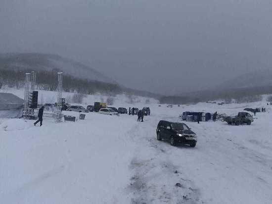 На Камчатке из-за циклона перенесли фестиваль «Снежный путь»