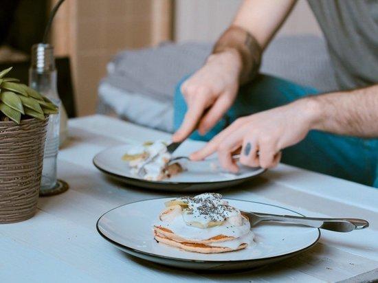 Ученые выяснили, как время приема пищи влияет на успешность похудения
