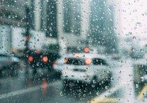 Снегопад в Саратове. Водителей предупреждают об опасности на дорогах