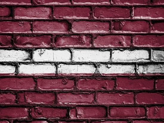 Латвия объявила о закрытии границ из-за коронавируса