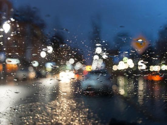 На Красноярск надвигаются дождь и штормовой ветер