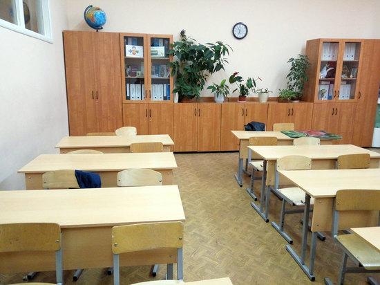 Все школы закрываются в Москве с 21 марта