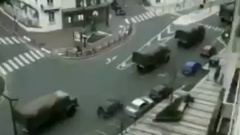 В Париж вошла военная техника: тревожные кадры
