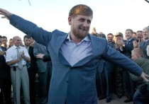 Глава Чечни Рамзан Кадыров вновь призвал сограждан не поддаваться панике из-за коронавируса, в частности, не устраивать ажиотажные закупки в магазинах