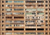 «По подъезду разбрасывает свои фекалии»: дочь судьи в отставке в Улан-Удэ держит в ужасе соседей