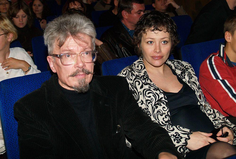 Екатерина Волкова и Эдуард Лимонов: фотоистория любви