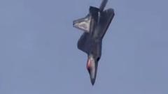 Маневрирование американского истребителя покорило пользователей Сети: видео