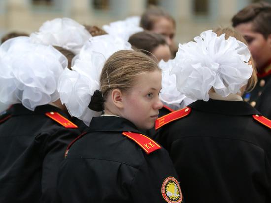 Суворовцам и кадетам из-за коронавируса отменили весенние каникулы