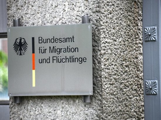 В Германии из-за коронавируса приостановлен приём беженцев